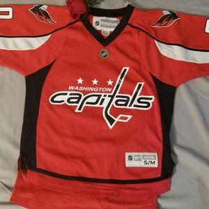 best website cd3bd 28893 Youth size Holtby Jersey